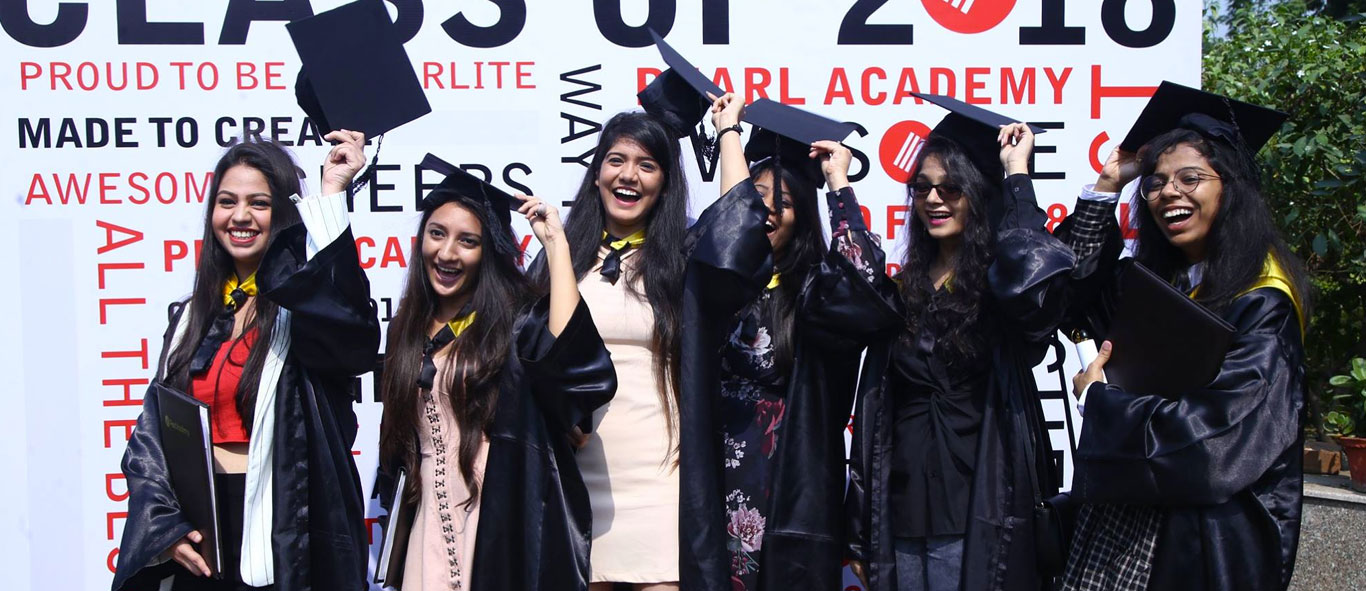 Pearl Academy Delhi and Noida Organizes Convocation for Batch of 2018